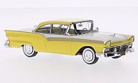 Ford Fairlane 500 Hardtop Coupe