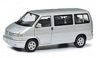 VW T4b Caravelle