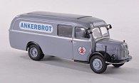 Steyr 380/I Paketwagen