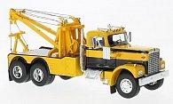 Diamond Reo Tow Truck