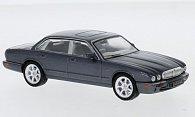 Jaguar XJ8 (X308)