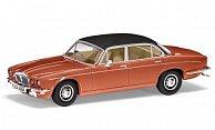Daimler Double Six Series II Vanden Plas