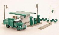 Set Historische Tankstelle mit Opel Blitz Tankwagen