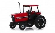 - Traktor mit Kabine