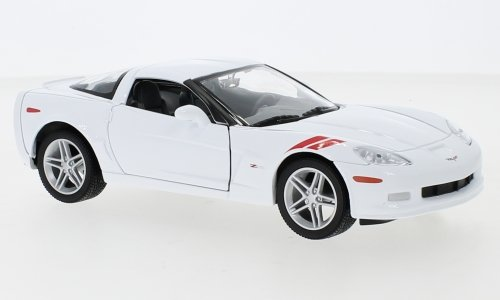 Lucky Die Cast Chevrolet Corvette Z06 (C6) 1:24